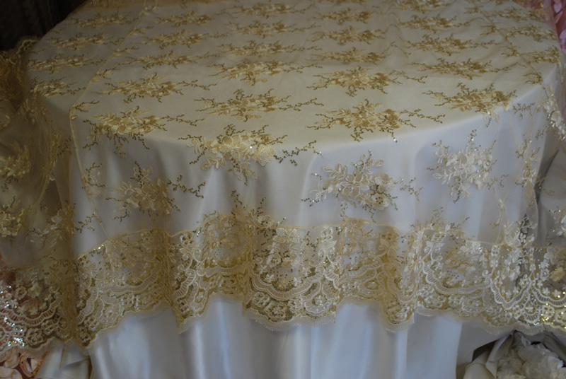 Table Linens - Linens and Beyond